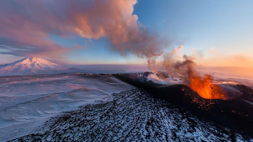 山奈图片_2014-07-22 必应首页图片:俄罗斯堪察加半岛的托尔巴奇克火山 (© ...